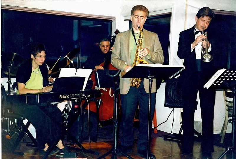 Morten's Band Plays The Inaugural at the Villa
