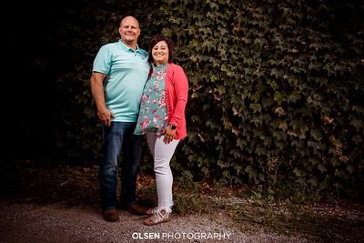 092220 Donna Aldag Family Photography Family Portraits Family Photographer Golf Course Family Photos Nate Olsen / Olsen Photography Gretna, Nebraska
