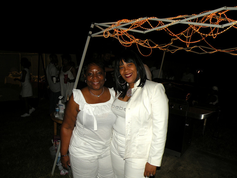 all white weekend 023