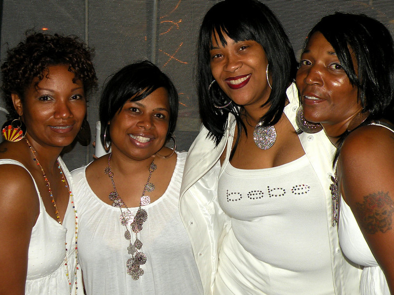 all white weekend 047