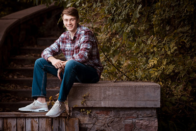 101318 Andrew Carter Senior Portraits