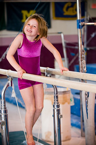 2008Nov19Annaka & Lindsay Arena gymnastics_003