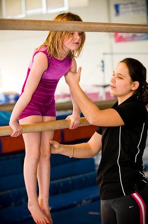 2008Nov19Annaka & Lindsay Arena gymnastics_013