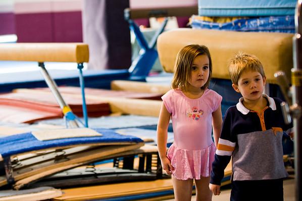 2008Nov19Annaka & Lindsay Arena gymnastics_040
