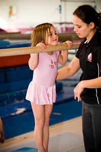 2008Nov19Annaka & Lindsay Arena gymnastics_028
