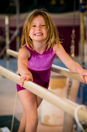 2008Nov19Annaka & Lindsay Arena gymnastics_015