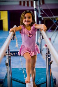 2008Nov19Annaka & Lindsay Arena gymnastics_034