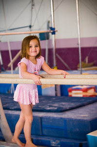 2008Nov19Annaka & Lindsay Arena gymnastics_002