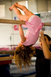 2008Nov19Annaka & Lindsay Arena gymnastics_032