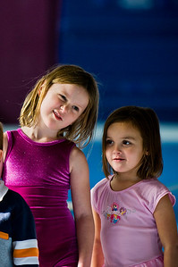 2008Nov19Annaka & Lindsay Arena gymnastics_067