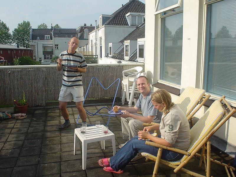 The day started dreadful but ended gorgeous! BBQ on the terrace of Martin and Femke's house in the heart of Utrecht<br>Martin, Sander and Femke
