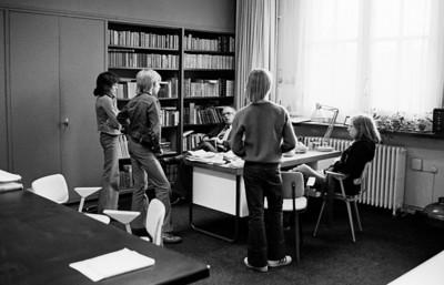Voor de zoveelste keer de klas uit gedonderd en weer bij rector Kohnhorst langs.