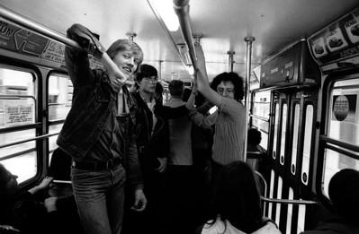 Gerhard, Gert en Martin hangen in de bus.