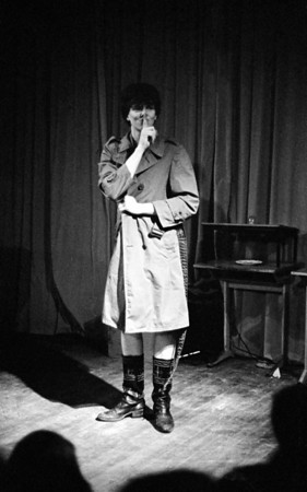 Onno, waarom vraagt hij stilte? Klassentoernooi 1977.