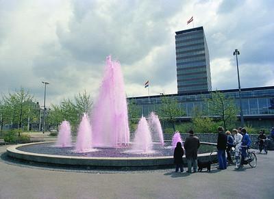 De roze fontein. Mooie Barlaeus actie.