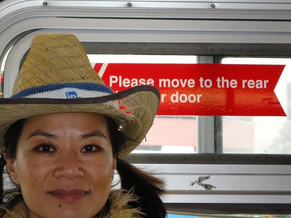 Thu and door