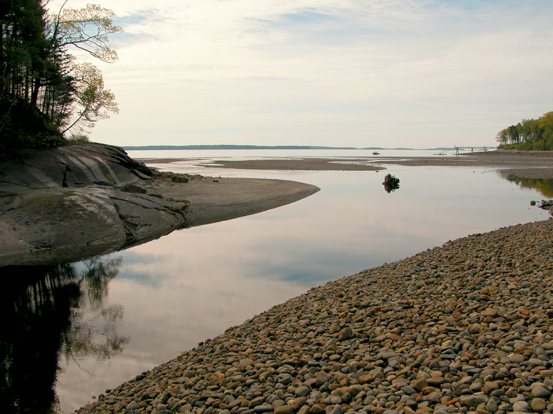 Howe Point at low tide ~ June 2004