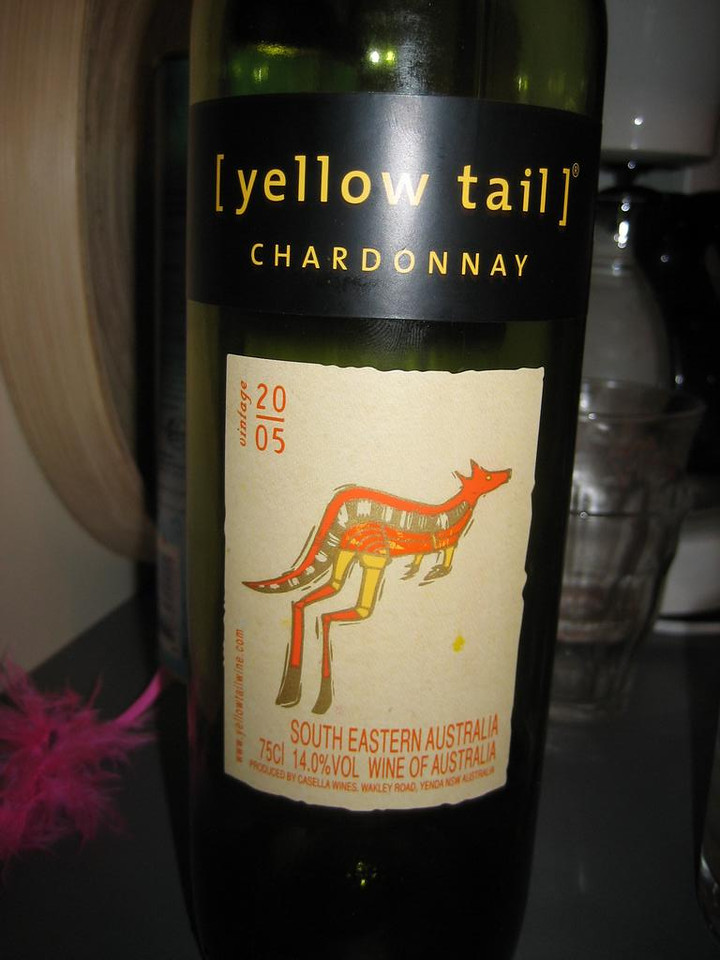 Australian white wine, not so bad taste at all!