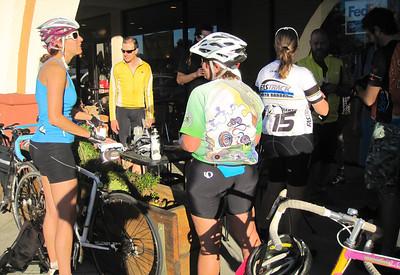 Coffee break in Buellton with Nancy, Lori Lee, Shayla & Kyle.