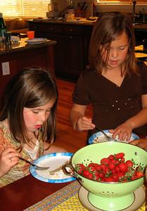 Ella & Kate enjoying the birthday cake