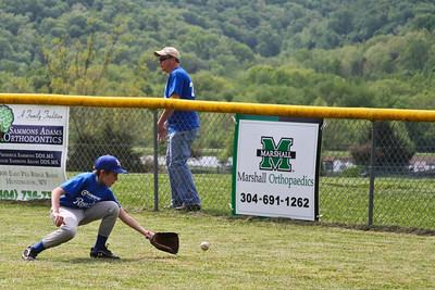 Blake and Chase Baseball Game 05042013