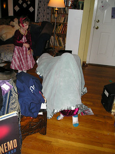 Kate discovers the advancing blanket monster.