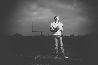 Cannon Ahrens Senior Portrait Session