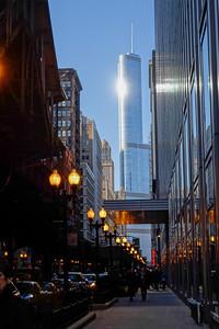 The Trump Building with the Loop el
