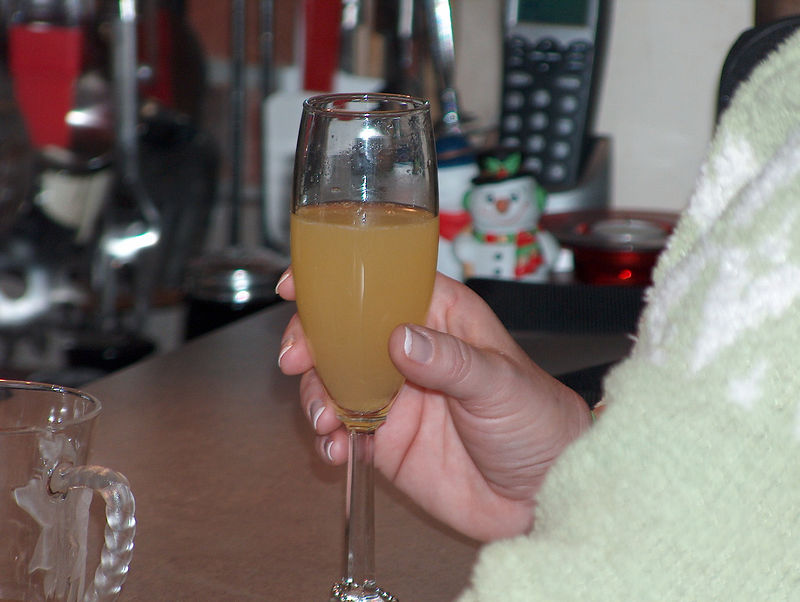 OK....the girls are into the Mimosa's  (big surpise right?)