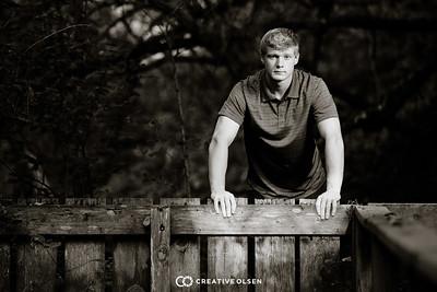 091218 Cole Huss Senior Portraits