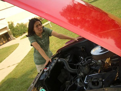 Sarah and her 'Stang with the new engine.