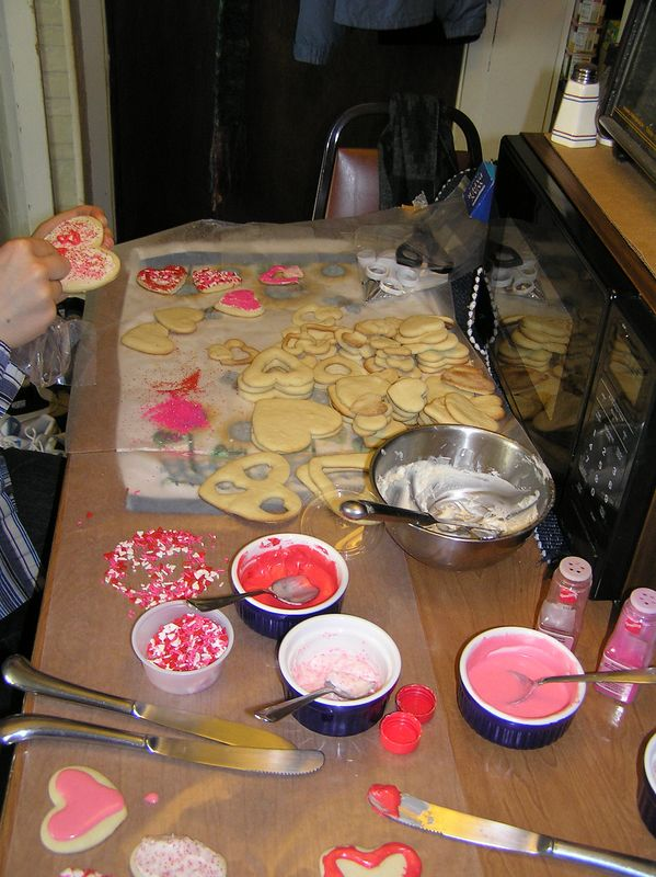 Cookie decorating, time t=5minutes