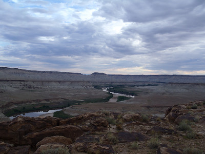 View upstream of the end of Upper Desolation.  The gap at Sand Wash (bottom left) separates the upper and lower canyons, and is one of the only points of river access for put-in and take-out.