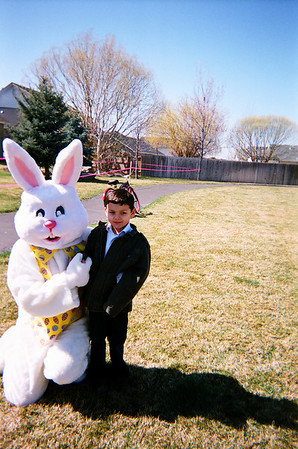 Easter egg hunt in Middle Creek park with Alex 08