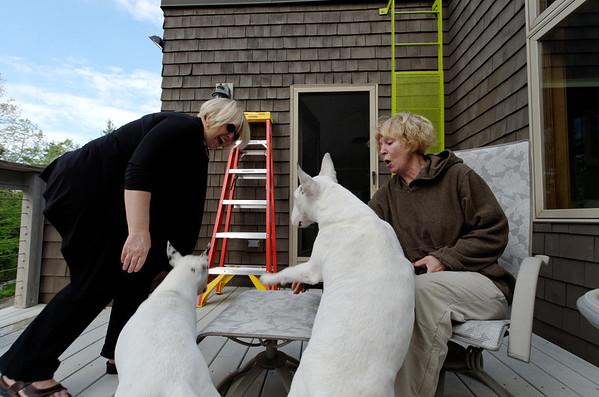 Eileen visits MHH (May 2011)