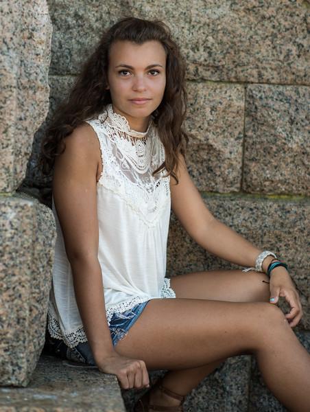 Emily-2668