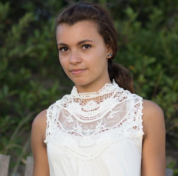 Emily-2701