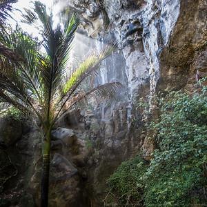 Sunbeams at Punakaiki Cavern.