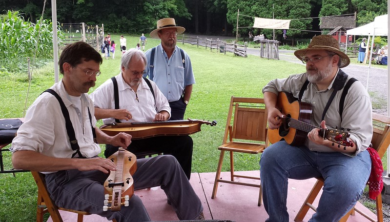 Dulcimers and guitar old-time jam at Quiet Valley