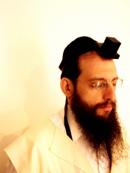 YITZY - A GOOD JEW / BROOKLYN / PHOTO TAKEN IN MAR. 2006 JERUSALEM<br /> イツィ よきユダヤ人 ブルックリン 撮影 MAR. 2006 エルサレム