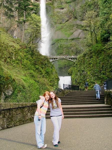 Tali & Megan in front of Multnomah Falls.