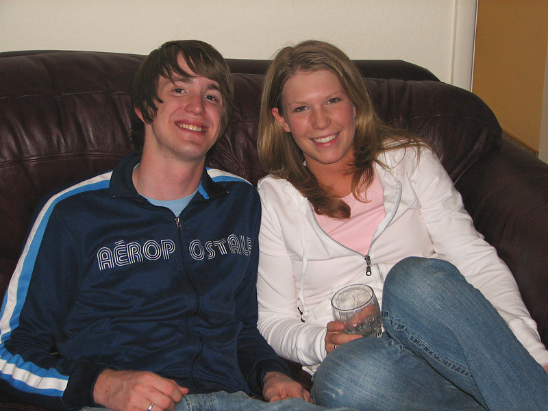 Alyssa & her fiance, what's-his-name (Justin).