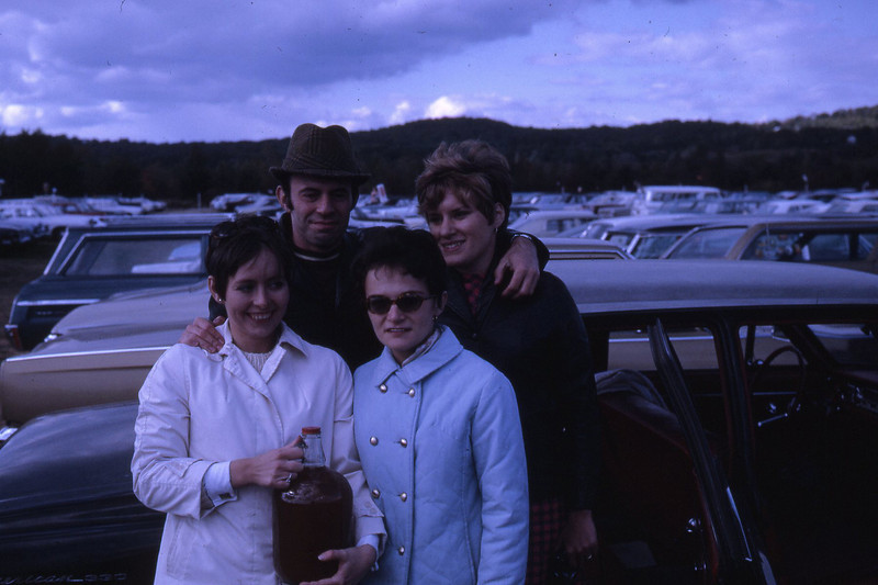 Ben, Janet, Eleanor and Joanne Camperlengo at Danbury Fair (1967?)