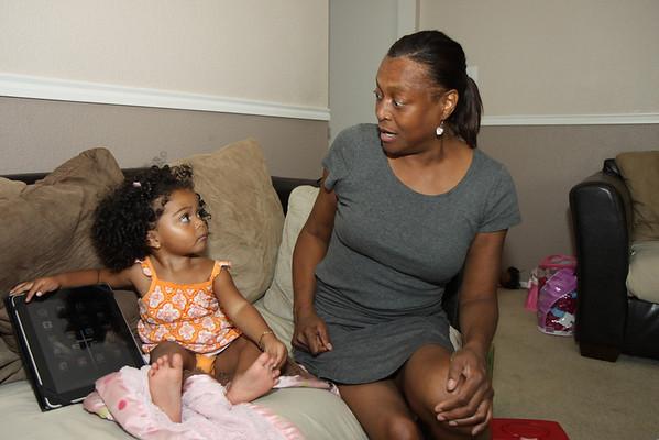 11-06-22 Aaryanna and Aunt Edith