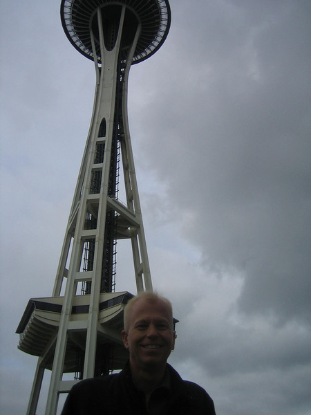 Space Needle 'n Ken