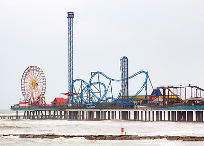 Amusement park pier