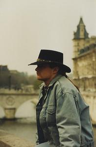 Monsieur, Paris