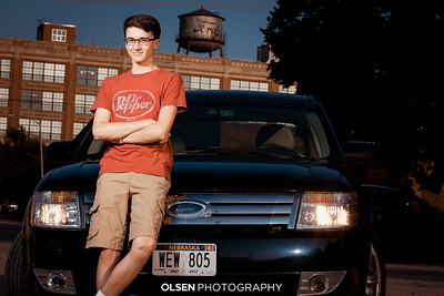 092320 Hunter Larsen Senior Photographer Portraits Omaha Olsen Photography Gretna, Nebraska