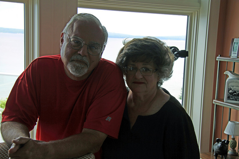 8/2010 WE VISIT IRV AND SUE LEVY IN THEIR PARADISE!
