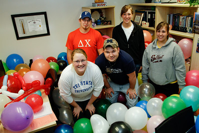 Balloon Office 042410-0013